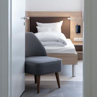 othello-hotel-zimmer-eingang